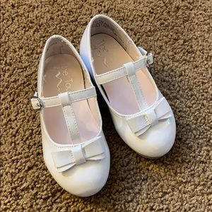 T strap Barby white patent dress shoes
